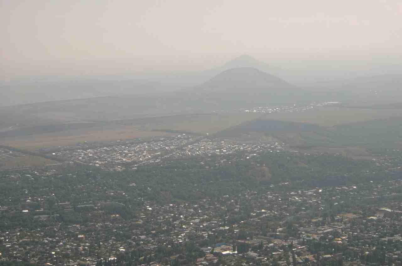 Вид на Юцу из Пятигорска